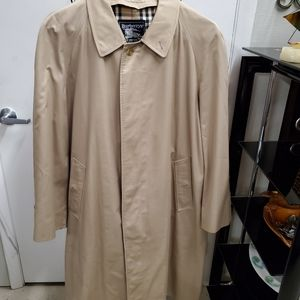 BURBERRY LONDON TRENCH COAT 56R